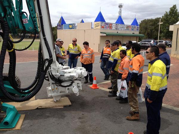 Grand-Stahlspund besuchte die Western Australian Mining Ausstellung in Australien
